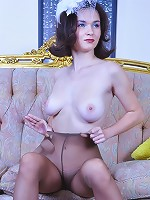 Carrie yummy pantyhose show