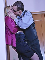Connie&Morris eager office pantyhosers