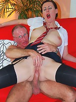 Jizzing in her mouth