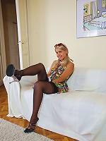 British babe Lara
