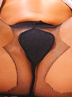 Sexis toying in pantyhose