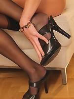 Elisa masturbates in stockings